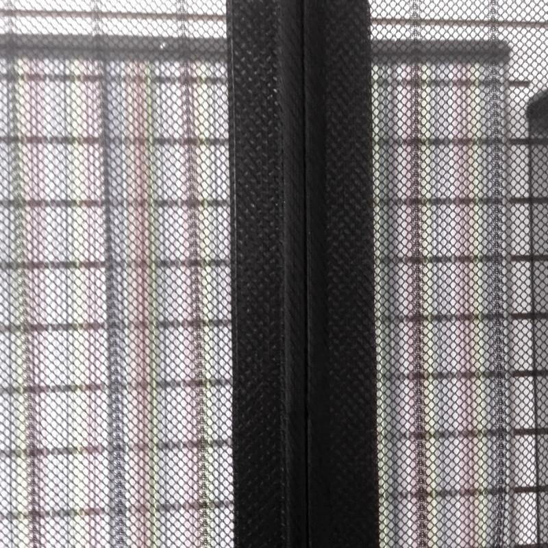 Magnetna zavjesa protiv insekata, crna